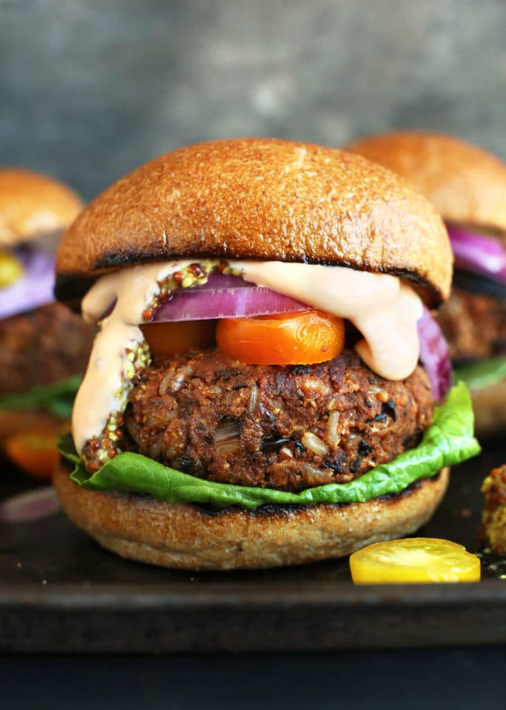 Burgers végétariens façon grillades